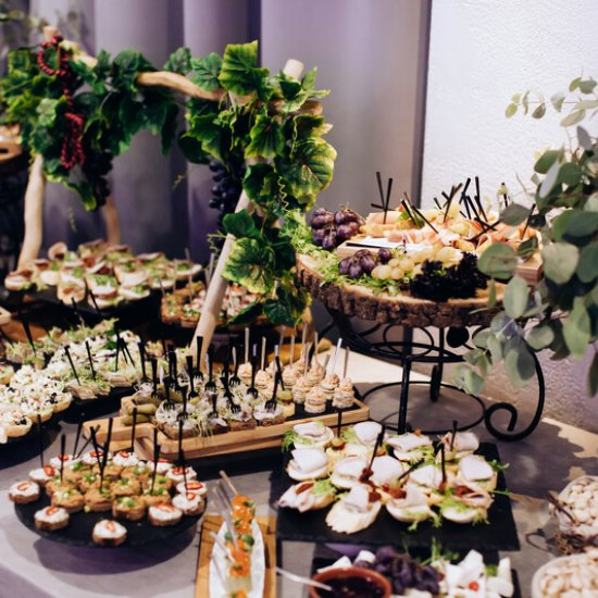 Partyservice / Caterer